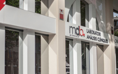 Acuerdo entre mdb Laboratori d'anàlisis clíniques y el hotel Zenit BORRELL